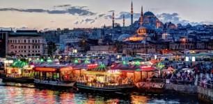 Красочный  Стамбуле на 8 марта