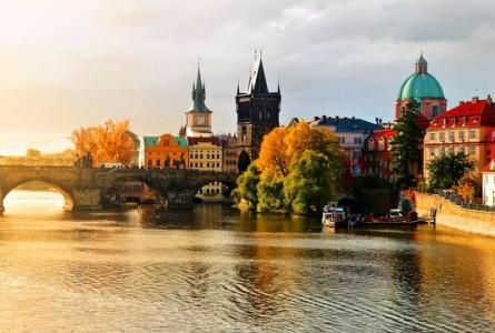 Чехия : Центральные отели в Праге по самым низким ценам !!!