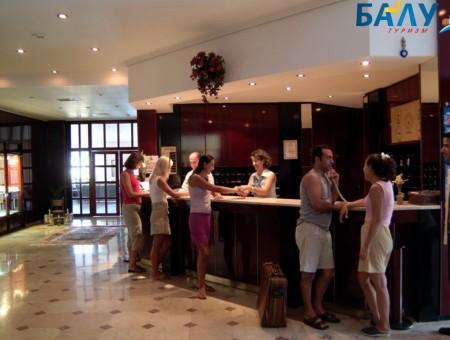 AKROPOL HOTEL 4*